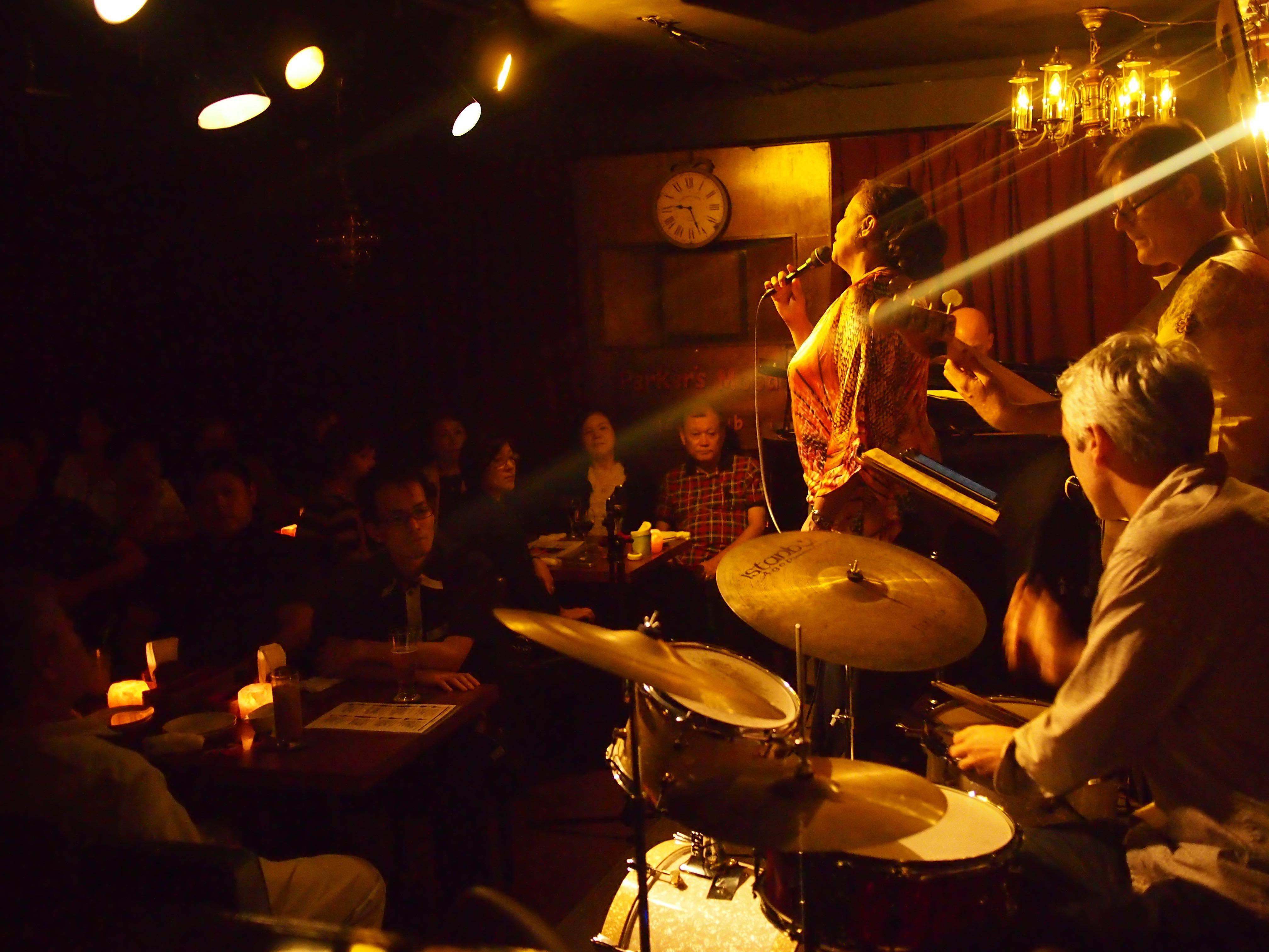 Parker's Mood Jazz Club 冲绳岛 爵士乐 爵士樂